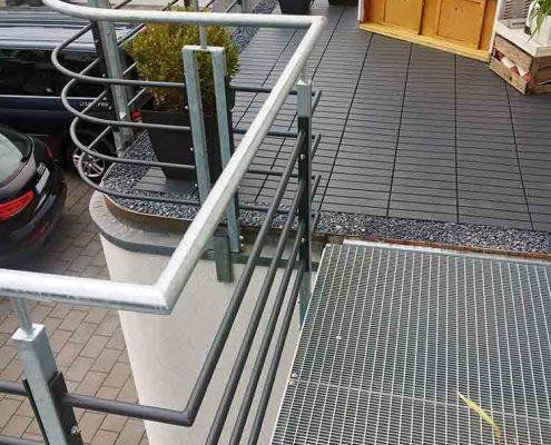 Treppen & Treppenanlagen | batke dekor | holz & metall | Lemgo