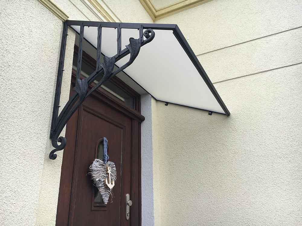 Vordächer | batke dekor | holz & metall | Lemgo